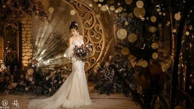 当星星遇上月亮,香槟色的婚礼现场,也可以是森系的清新
