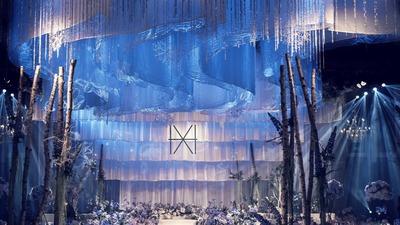 初雪那天一定要见到你,蓝色白色的婚礼,用雪铺满走向你的路
