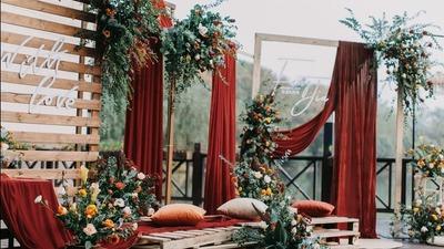 砖红色系户外婚礼