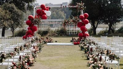 红色+白色户外婚礼