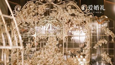 广州惊现一座如梦似幻的玻璃花房,少女心要溢出来了!