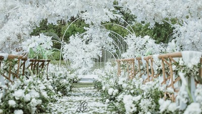 白绿色的户外婚礼,法式的优雅浪漫,户外的清新