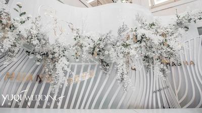 你是否也想办一场白色婚礼,纯白色现代婚礼