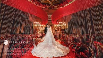 红色玫瑰婚礼:炙热红金,许你一世繁华
