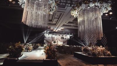 香槟的淡雅,一场自带滤镜加成的柔美婚礼