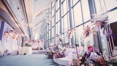 被空姐这个职业耽误了的蹦迪选手们,蓝粉色典雅婚礼