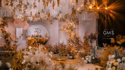 万顷暖阳都是你,香槟粉现代婚礼