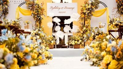 镜头里的光斑点点,随秋色沉沦,黄色户外婚礼