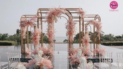 """一场""""蓄谋已久""""的水台婚礼,三亚金粉色水台婚礼"""