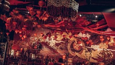凤凰于飞, 红色中式婚礼