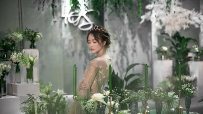 是春日里最舒服的配色了,温柔的绿色婚礼
