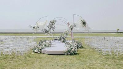经历了雷电、暴雨、狂风与冰雹的婚礼
