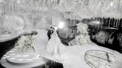 十万颗水晶的婚礼现场,长什么样?
