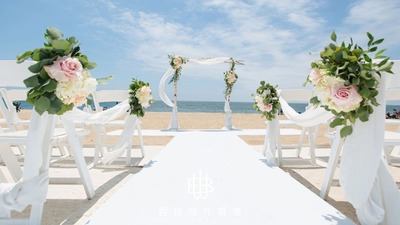 在洛杉矶YSL秀场的海滩,开启美国目的地婚礼之旅