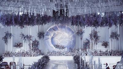 这一场婚礼,会让你抛开对紫色的固有印象。