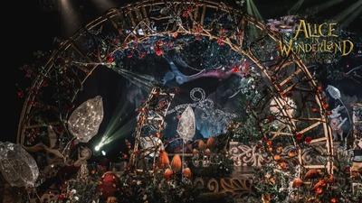 爱丽丝梦游仙境的奇幻婚礼,充满魔法的奇妙现场