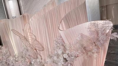 浅粉色甜美婚礼,优雅温柔的蝴蝶新娘