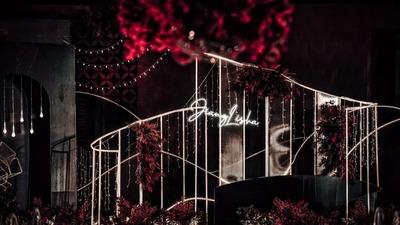黑夜里的玫瑰,红黑色的酷感婚礼