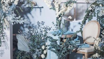一场法式轻复古婚礼,清新自然的蓝色浪漫