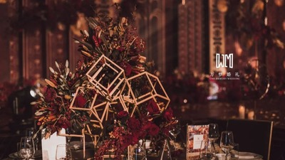 红金黑的盖茨比婚礼,强烈的视觉冲击,诠释机械美