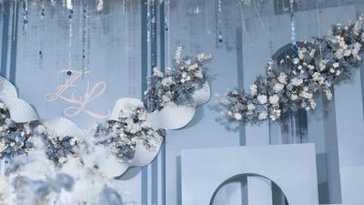 雾霾蓝的柔色婚礼,繁花点缀下的纯净