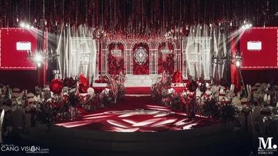 红色和银色的大气婚礼,现代感与复古的碰撞