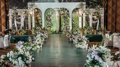白绿色搭配自然清新感的婚礼
