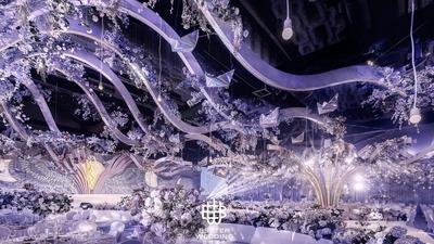 以紫色为基调层层递进,一场巴黎风高定世纪婚礼