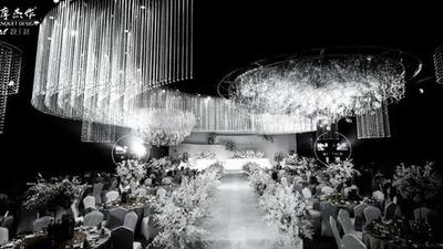 极简风的白色水晶主题婚礼