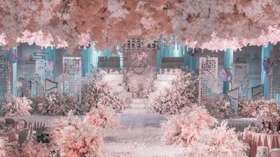 以柔雾粉为主色调的花园风婚礼