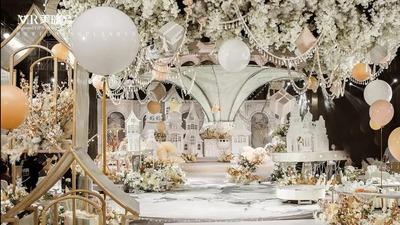 香槟金搭配梦幻白,一场梦幻的童话婚礼