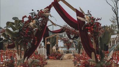 温暖弥漫的森系庄园风户外婚礼