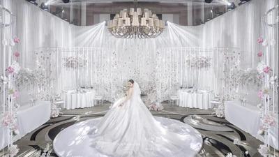 一场高级与甜美并存的冬日婚礼沙龙