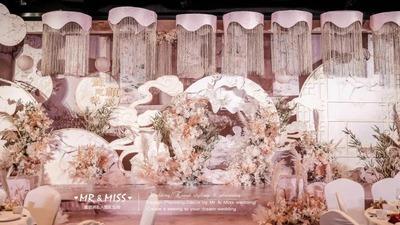 富有层次感的粉色系新中式婚礼