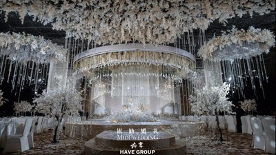 甜美繁复的白色+香槟色系婚礼