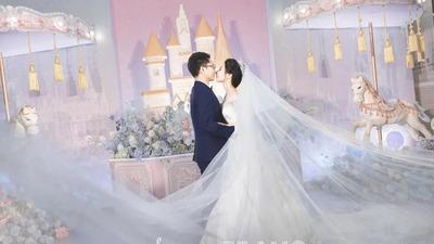 一场浪漫的梦幻仙境游乐园主题婚礼
