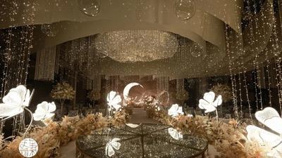 高雅中蕴藏着温柔的香槟粉色系婚礼