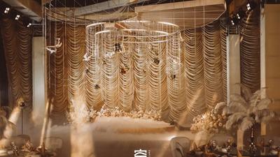 突出金属复古风的淘金时代主题婚礼