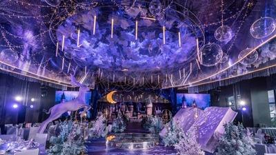 用虚拟的记忆与梦境,营造一场奇幻而未知的魔幻婚礼