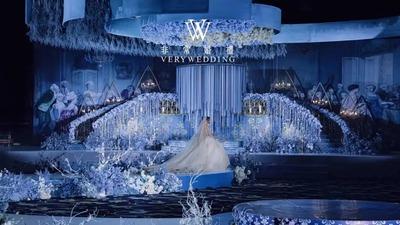 展现出华丽舞会殿堂的极致优雅蓝色系婚礼