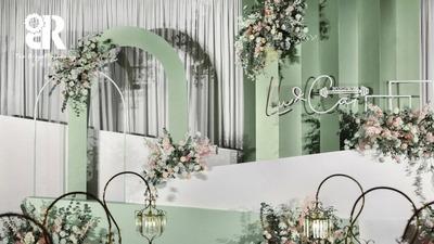 简约干净且高级感十足的白绿色系韩式婚礼
