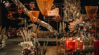 一场展现出自由奔放格调的秋日系农场风婚礼
