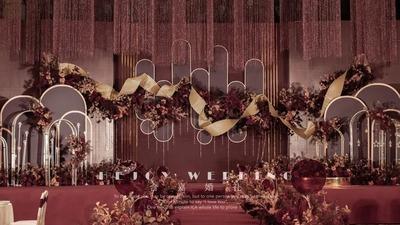 超有设计感和时尚感的勃艮第酒红色系婚礼