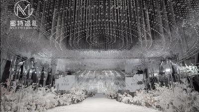 典雅又不失浪漫的白色水晶主题婚礼