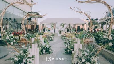 清新怡人的简约风白绿色系户外婚礼