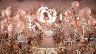 二次元与婚礼美学相碰撞,用魔法构筑了一场爱的秘境婚礼