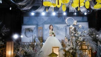 沉稳且静谧的天青蓝色系新中式婚礼