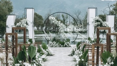 以山水画为灵感悠远淡雅的新中式婚礼