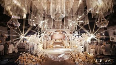 简约中流露着优雅的白色系+香槟色系婚礼