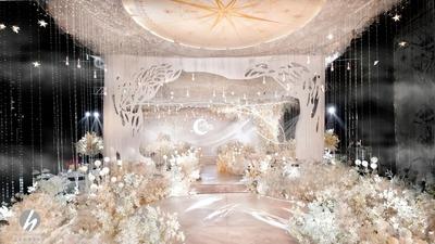 沉稳中透露出轻奢华丽的香槟色+白色系婚礼